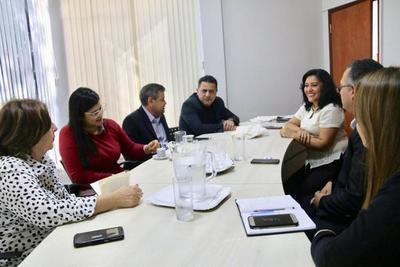 Buscan concretar vuelos chárter para el desarrollo de la región