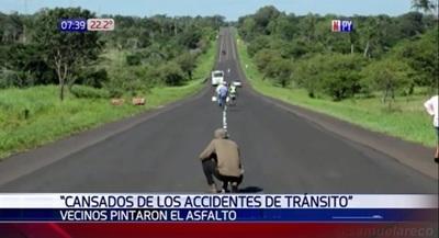 Vecinos pintan ruta buscando evitar accidentes en Horqueta – Prensa 5