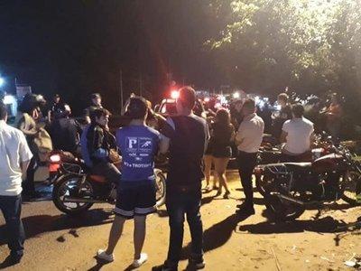 """Policía  frena carrera clandé de los """"rápidos y furiosos"""""""