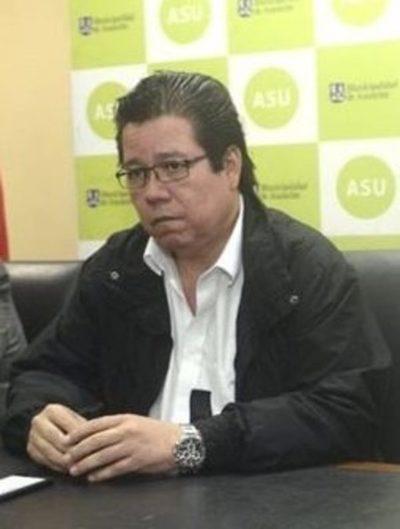 Inicia juicio político al contralor Enrique García