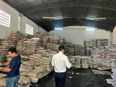 Incautan 200 mil kilos de azúcar presumiblemente de contrabando
