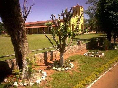 Acuerdan utilizar adoquines en centro histórico de Quyquyhó
