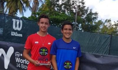 Bruno Brítez, subcampeón en dobles del torneo ITF