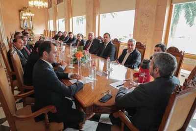 Gobernadores piden orientar recursos para dinamizar la economía en los departamentos
