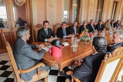 Ejecutivo y Gobernaciones proyectan inversión pública y reactivación económica