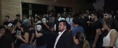 Incidentes en la Facultad de Derecho de la UNA