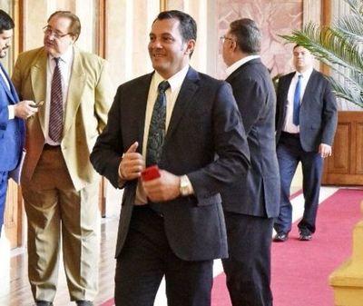 Gobernador denuncia amenazas de diputado