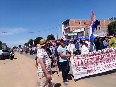 Miles de campesinos se movilizan en San Pedro