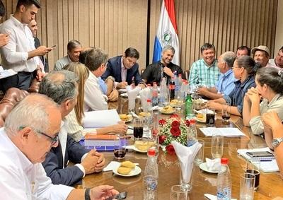 Campesinos logran acuerdo y abandonan Asunción