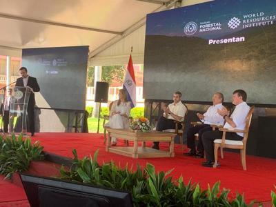 Jefe de Estado asiste a acto de alianza entre INFONA y WRI