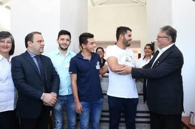 Residencia Universitaria recibe 62 estudiantes – Prensa 5