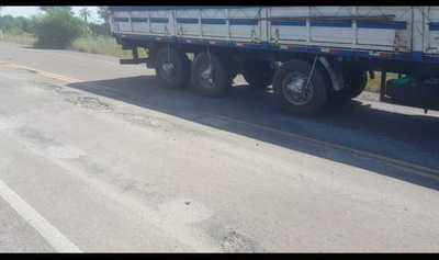 Ruta que une Concepción y Vallemí sufre graves deterioros