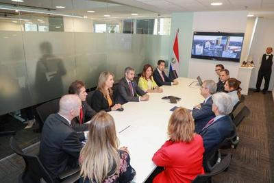 Jefe de Estado participó de inauguración de oficina de Nestlé en Paraguay