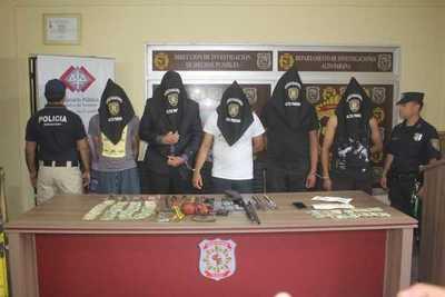 Desbaratan gavilla implicada en millonario robo a una distribuidora de pollos en Minga Guazú
