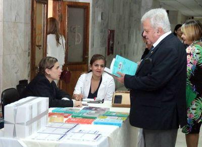 Realizaron feria de libros en sede judicial de Capital