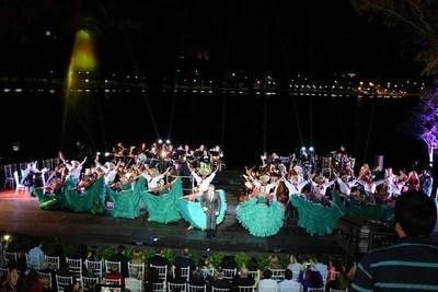 Majestuosa inauguración del anfiteatro ubicado a orillas del lago de la República en CDE.