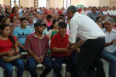 Entregan aportes de G. 3.300 millones a productores de Paraguarí