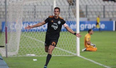 Olimpia despertó en Copa y goleó con autoridad en Lima