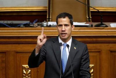 Guaidó llama a nuevas protestas este sábado contra el régimen de Maduro