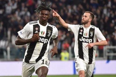Juventus vence al Milan y se encamina a su octavo Scudetto al hilo