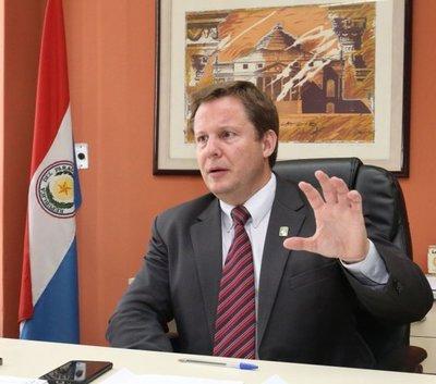 Martínez Simón, principal candidato a la Corte, tiene varias objeciones