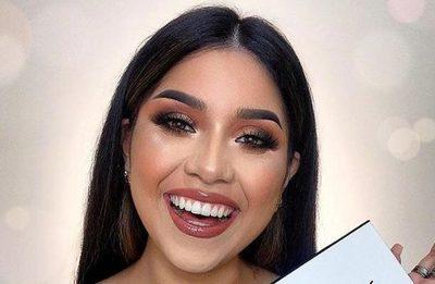 Vlogger crea su marca makeup
