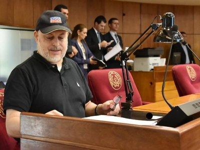 Los senadores deciden  hoy si sancionan o no a Payo Cubas