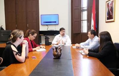 Avanzan los trabajos de organización del Primer Mercado de Industrias Creativas del Paraguay