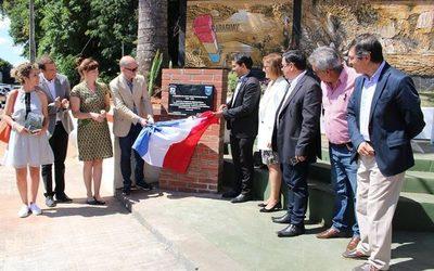 Firman acuerdo de hermandad entre Franco y ciudad de Suiza
