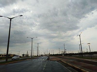 Viernes cálido y con lluvias dispersas