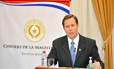 HOY / Abdo da luz verde a Martínez Simón para asumir como ministro de la Corte Suprema