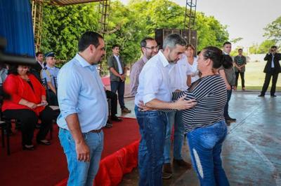 Pequeños productores y jóvenes de Canindeyú reciben aportes del Gobierno