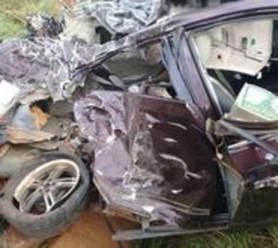 Joven muere en violento accidente de tránsito