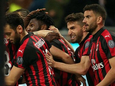 Milan hunde a la Lazio y da un gran paso hacia la Champions