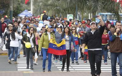 """""""Nuevo gobierno"""" en Venezuela podría obtener US$ 10.000 millones en financiación comercial"""