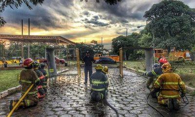 Exitoso curso internacional contra incendios