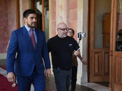 Payo Cubas alega que no puede ser sustituido