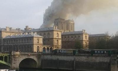 Incendio en la catedral de Notre Dame de París – Prensa 5