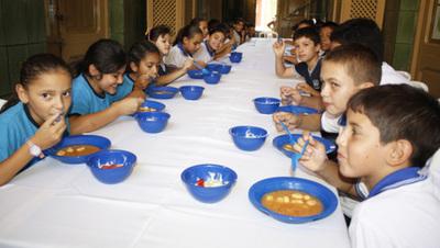 Con suerte almuerzo escolar para últimos días de mayo
