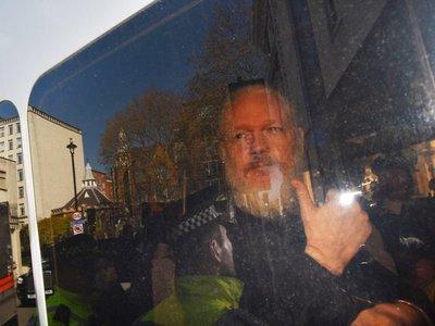 Ecuador buscará ayuda frente a ciberataques por caso Assange