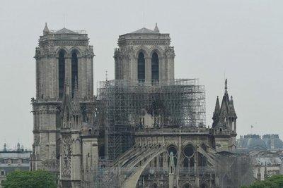 Notre Dame: París, con el corazón roto