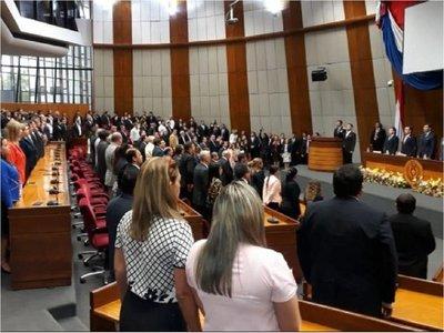 Alberto Martínez Simón jura como nuevo ministro de la Corte