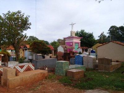 Robaron cuatro difuntos de un cementerio de Pedro Juan