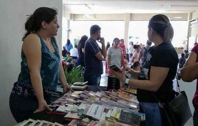 Feria del libro y la Cultura 2019 en la Costanera de Asunción