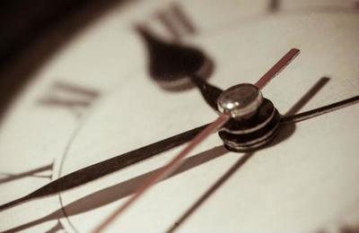 El polémico sistema '996': jornadas laborales de 12 horas al día y 6 días a la semana