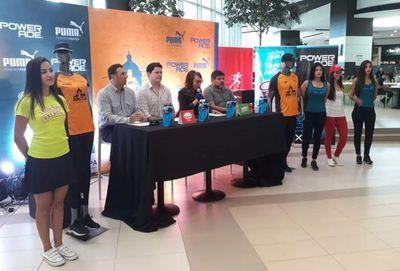 Tradicional media maratón se alistó en línea de partida