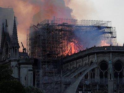 La larga lista de donantes para la reconstrucción de Notre Dame