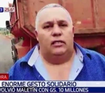 Enorme gesto solidario: Devolvió maletín con G. 10 millones