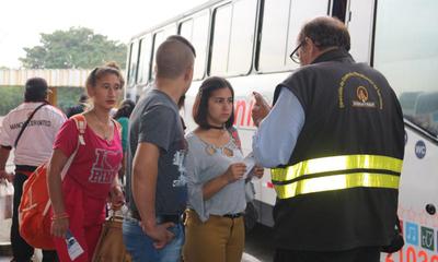DINATRAN multa a 5 empresas de transporte por cobro indebido de pasaje – Prensa 5