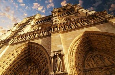 El hombre que caminó entre las torres de la catedral de Notre Dame